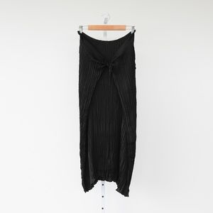 Vince Black Pleated Tie Front Skirt